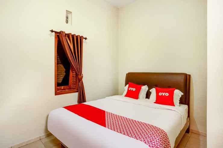 BEDROOM OYO 3790 Homestay Mulia Syariah