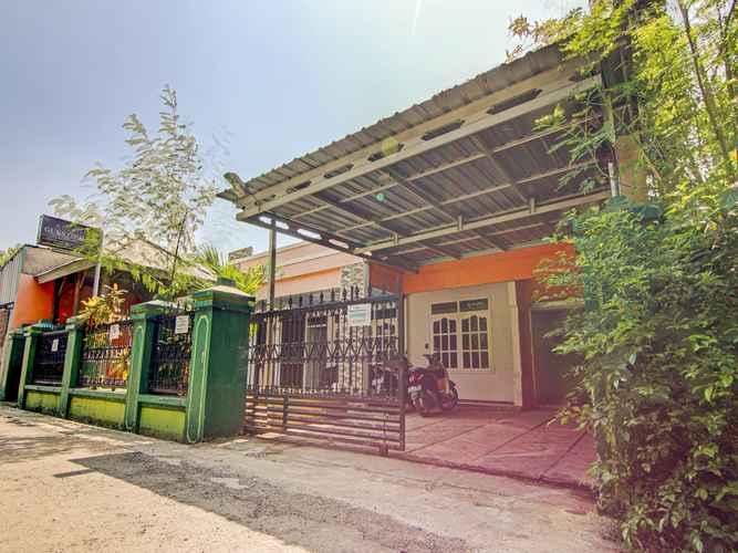 EXTERIOR_BUILDING OYO 3797 Wisma Amanah Syariah