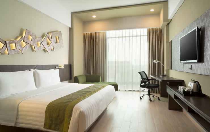 Holiday Inn Cikarang Jababeka Bekasi - Deluxe Double or Twin Include Breakfast and Dinner