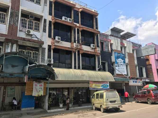 EXTERIOR_BUILDING OYO 3875 Hotel Rolfelia