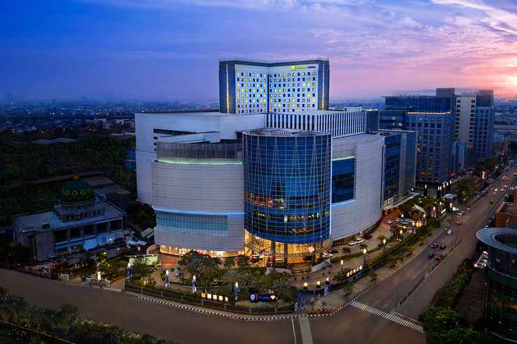 EXTERIOR_BUILDING Holiday Inn Express Pluit Citygate - Buy Now Stay Later