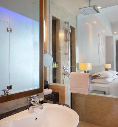 BATHROOM Four Points by Sheraton Manado - Buy Now Stay Later