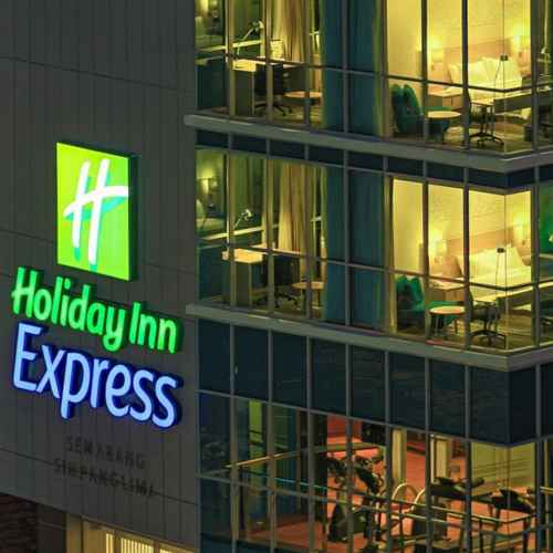 EXTERIOR_BUILDING Holiday Inn Express Semarang Simpang Lima, An IHG Hotel