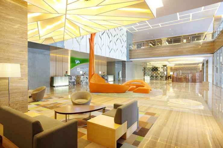 LOBBY Holiday Inn Jakarta Kemayoran
