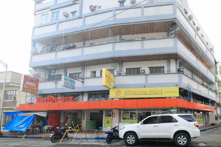 EXTERIOR_BUILDING RedDoorz @ P Florentino Street Sampaloc Manila