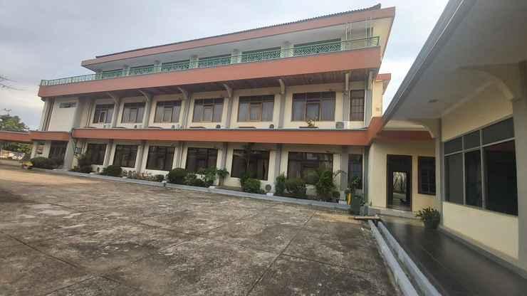 EXTERIOR_BUILDING Hotel Surya Batulicin