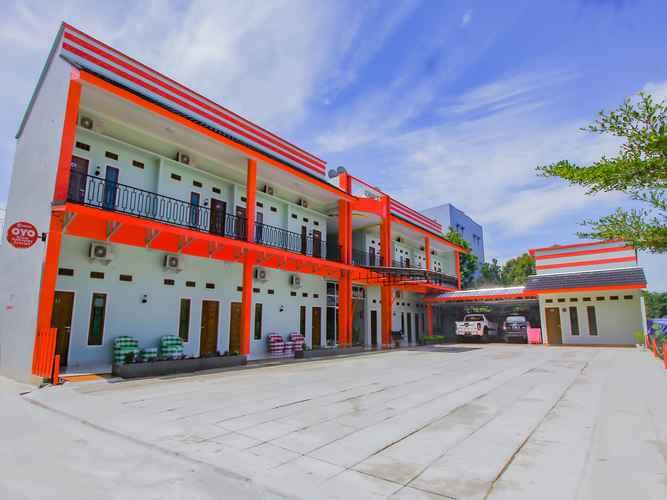 EXTERIOR_BUILDING OYO 90063 Silver Homestay Syariah