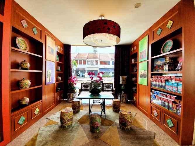 LOBBY Santa Grand Hotel East Coast - Staycation Package
