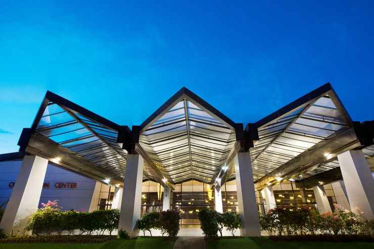 EXTERIOR_BUILDING Novotel Manado - Buy Now Stay Later
