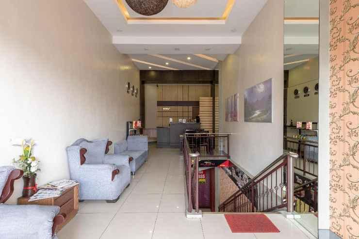 LOBBY OYO 767 Hotel Urban