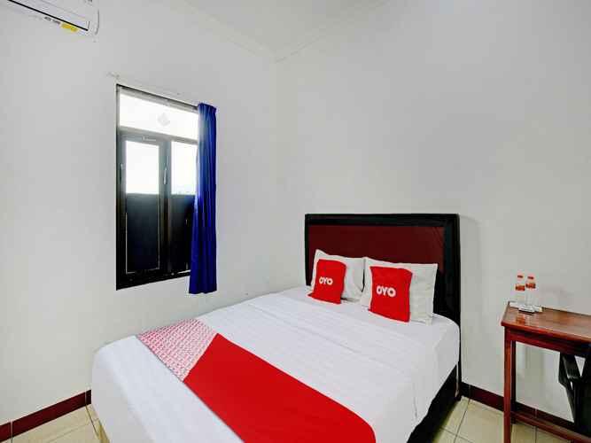 BEDROOM OYO 90309 Hotel Asri 2