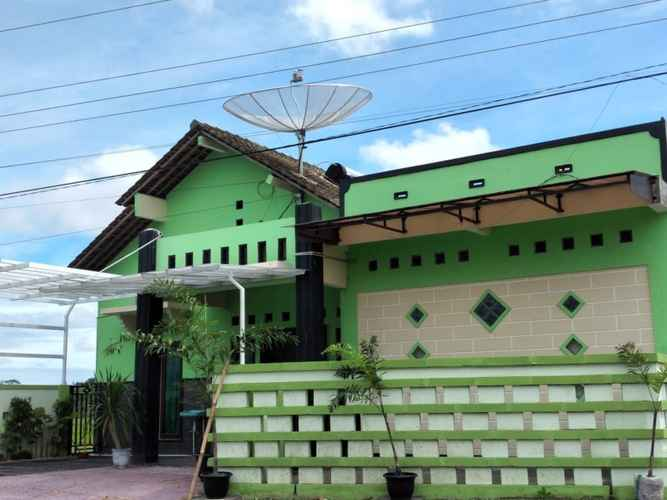 EXTERIOR_BUILDING Fresh Homestay Kebumen