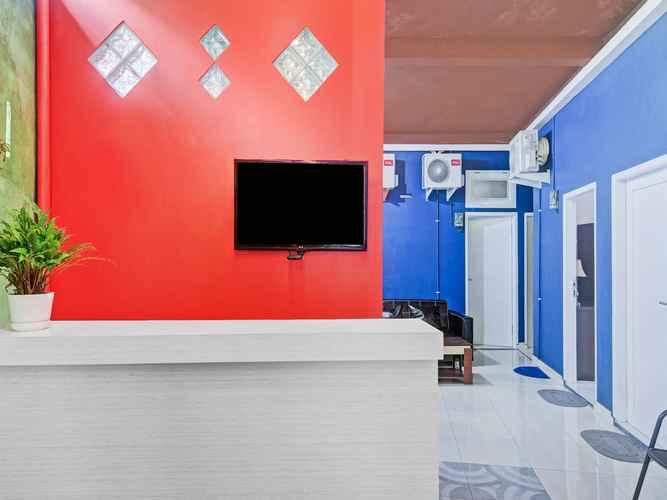 LOBBY OYO 90406 Joqueen Rooms