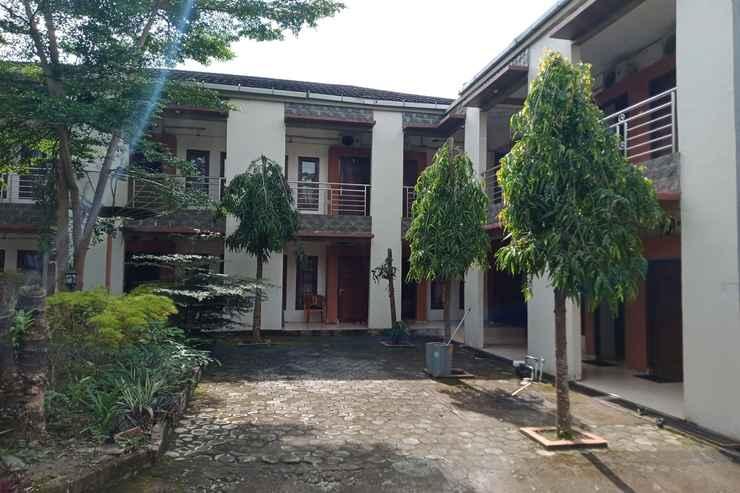 EXTERIOR_BUILDING OYO 90476 Iksan Homestay Syariah