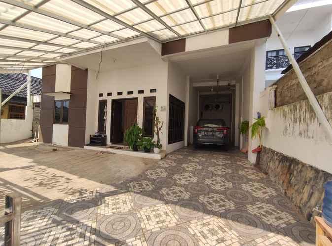 EXTERIOR_BUILDING OYO 90595 Ferezsa Kost Syariah
