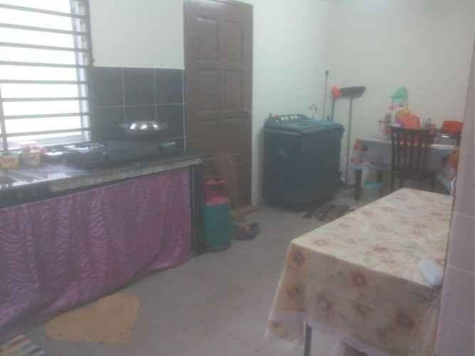 BEDROOM Baiduri Relaxhouse