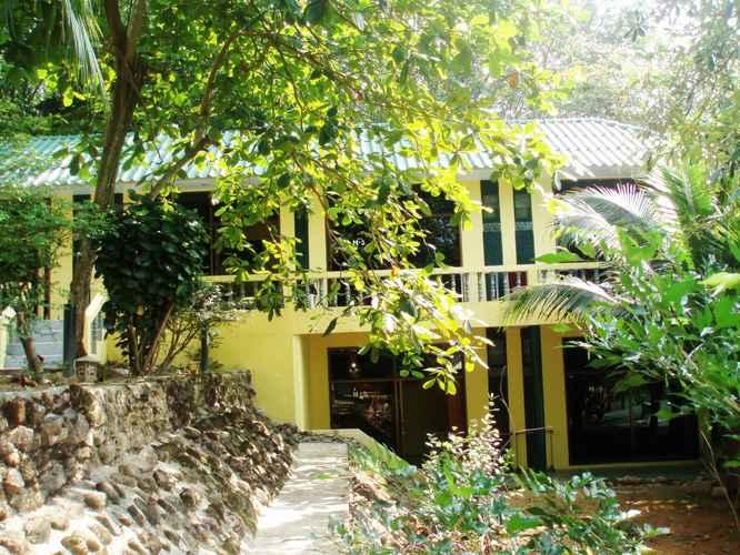 LOBBY Island Lodge