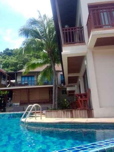 SWIMMING_POOL MAC Resort Hotel