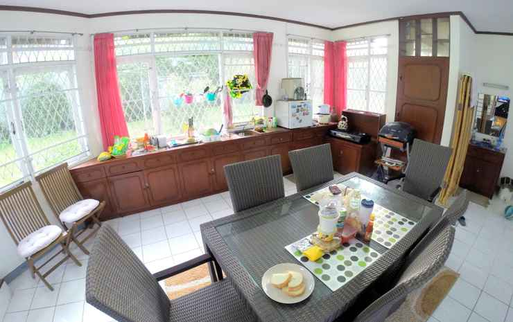 Villa Lembang Asri R3 Bandung - Furnished Villa with 3 bed rooms