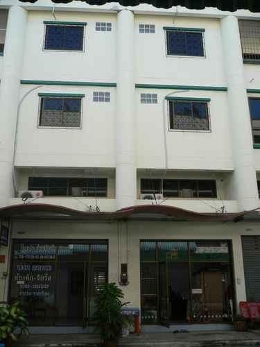 EXTERIOR_BUILDING Baanladarom Sriracha Guesthouse