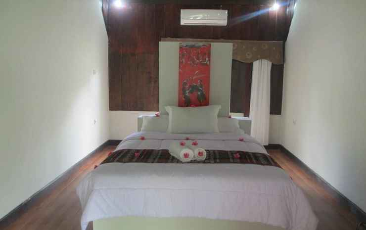 Selong Belanak Bungalow & Restaurant Lombok - Double Room With Air Conditioner
