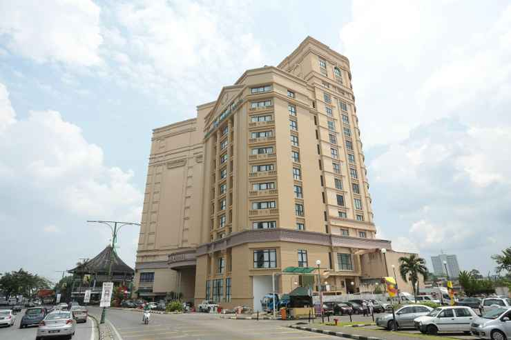 EXTERIOR_BUILDING Imperial Riverbank Hotel Kuching
