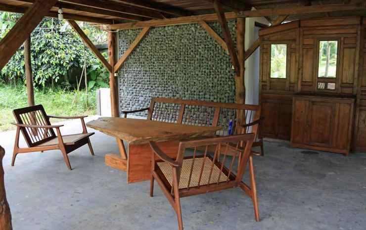 Ronia Mountain Villa Lembang Bandung - Rumah Panggung