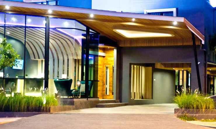 EXTERIOR_BUILDING Coco Hotel
