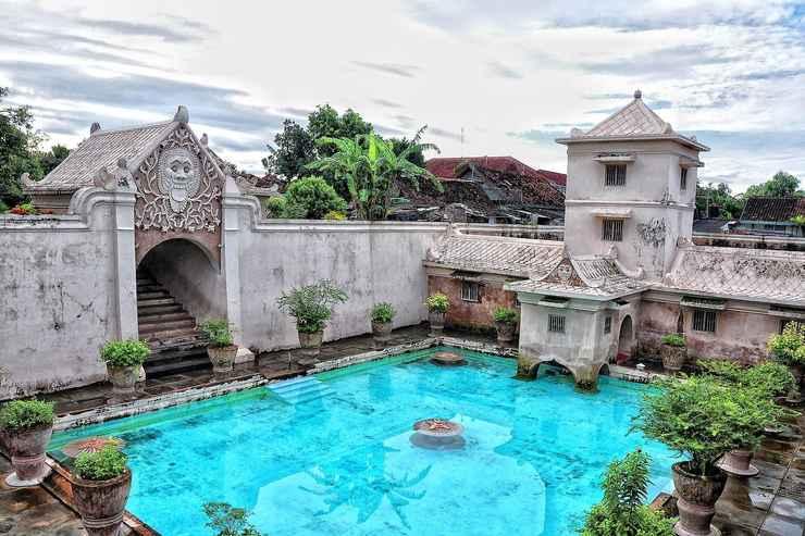 LOBBY PI Home Yogyakarta