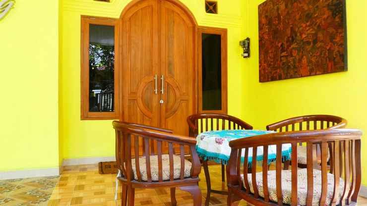 LOBBY Family 2 Bedroom at Omah Kuning Homestay