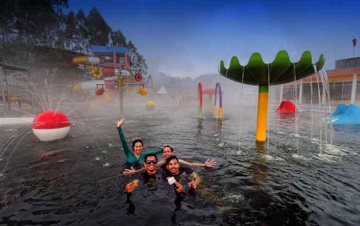 D'Qiano Hotel Hotspring Waterpark  Wonosobo -