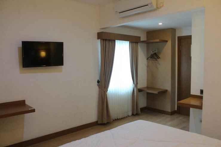 BEDROOM Salvator Hotel Palembang