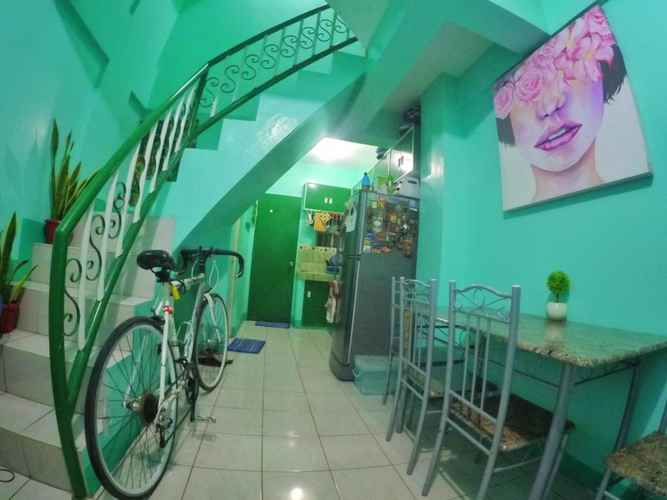 EXTERIOR_BUILDING NoMadsMNL Backpackers Homestay
