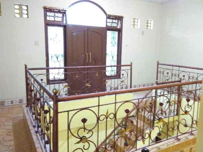 LOBBY Backpack Room at Grapyak Homestay Syariah