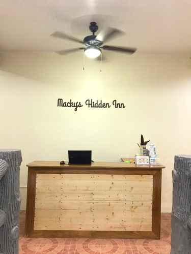 LOBBY Macky's Hidden Inn