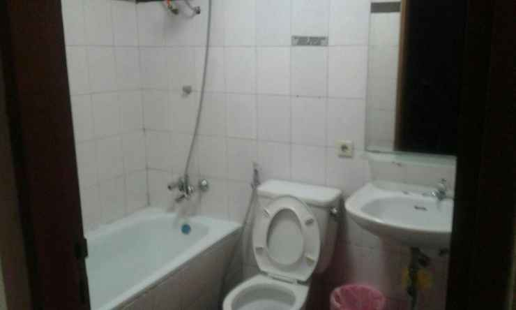 BATHROOM Apartement Graha Cempaka Mas By Arif 2