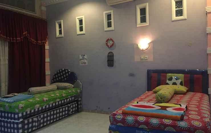 Rumah Tamu Agung Padang - Family Room