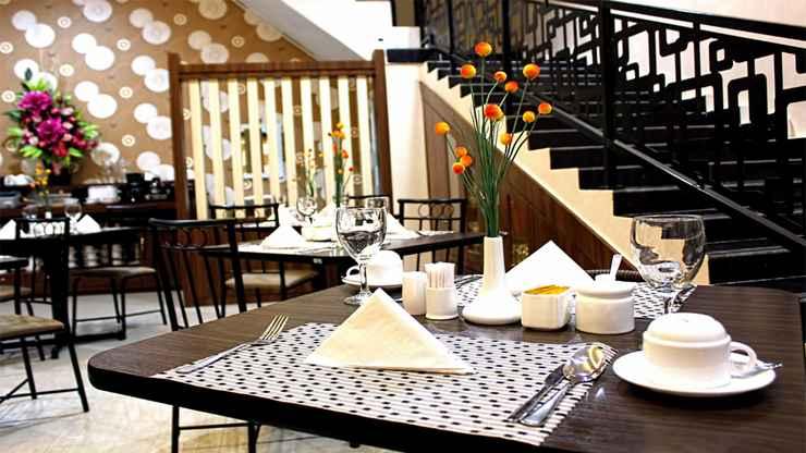 RESTAURANT Mel's Inn Manado