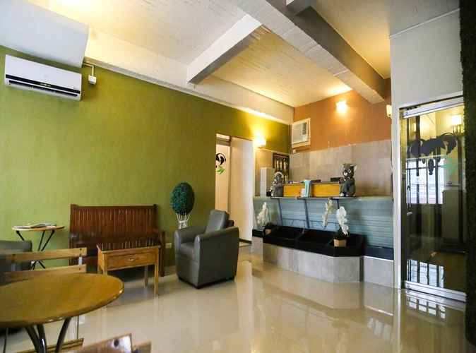 LOBBY Quoalla Hotel Makati