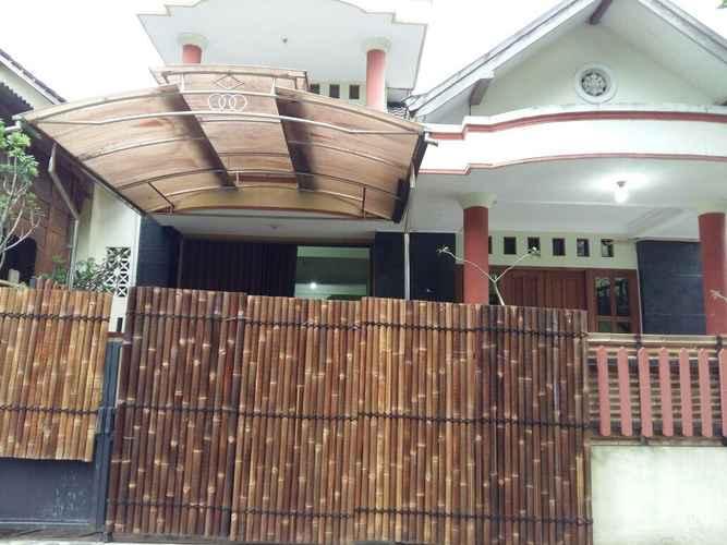 EXTERIOR_BUILDING Homey Room at BottleBottle House