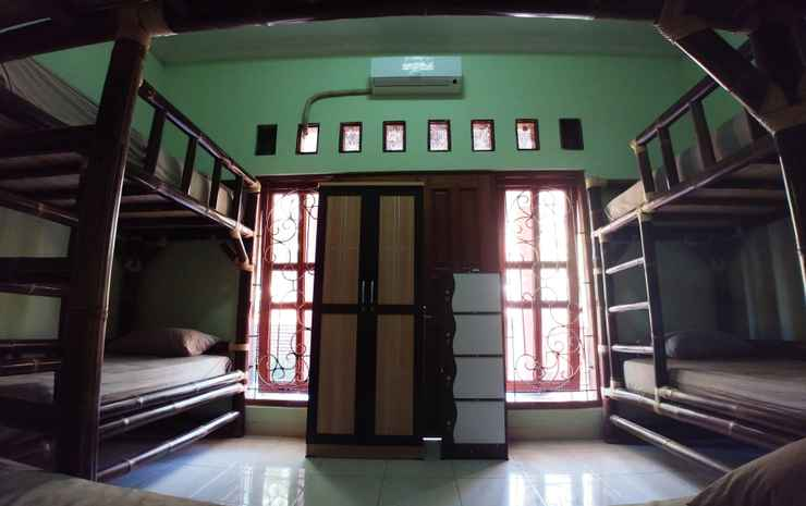Homey Room at BottleBottle House Yogyakarta - Dormitory (Max Checkin 22.00)