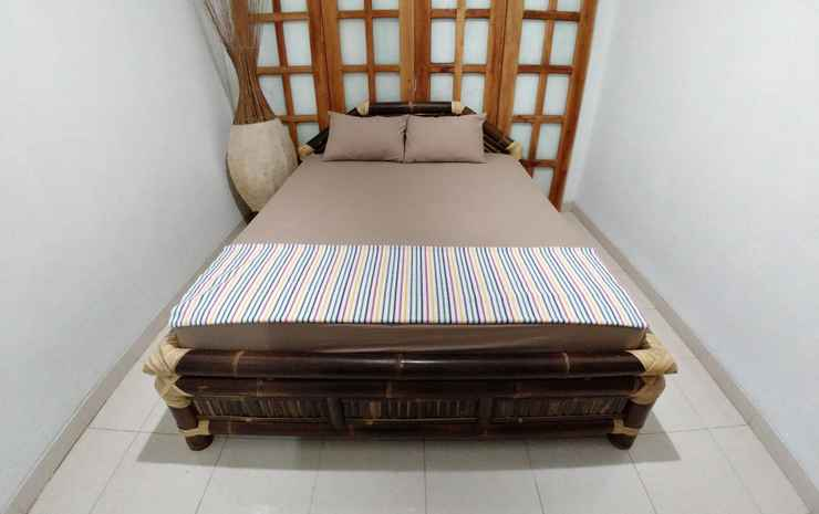Homey Room at BottleBottle House Yogyakarta - Double with AC  (Max Checkin 22.00)