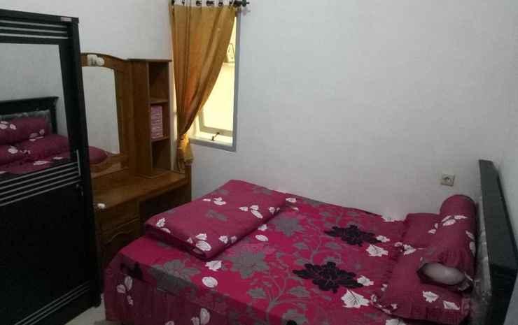 Comfort Room at Java Family Homestay Batu Malang Malang - Two Bedrooms
