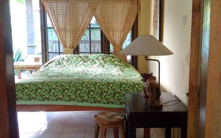 Comfort Room at Banyuwangi Guest House Banyuwangi - Deluxe Queen