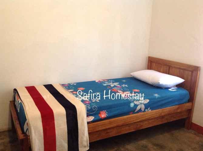 BEDROOM SAFIRA HOMESTAY