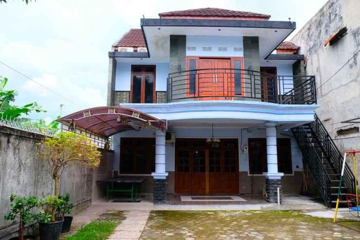 EXTERIOR_BUILDING Best House