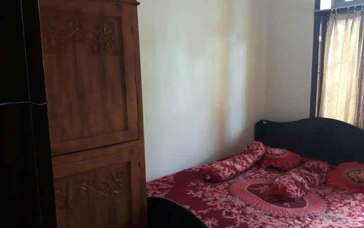 Budget Room in Solo Baru (Kamar Khusus Wanita) Solo - Double Bed (Kamar Wanita)