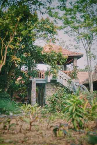 VIEW_ATTRACTIONS Dinh Gia Home