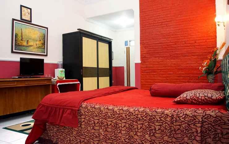 Hotel Wisata Benteng Van Der Wijck Kebumen - Deluxe Double Bed