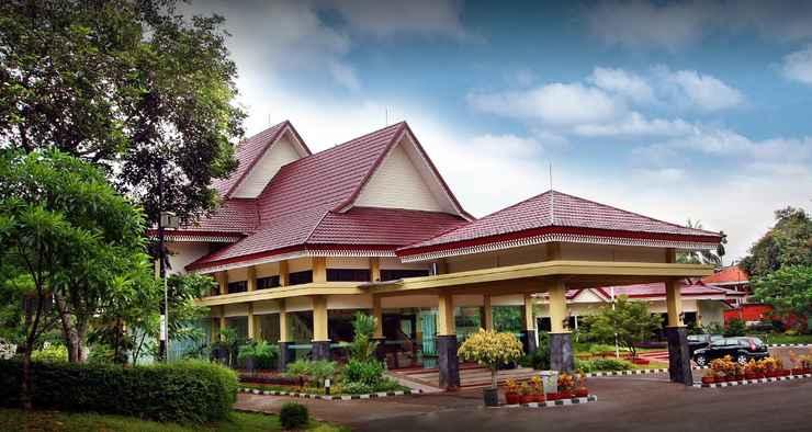 EXTERIOR_BUILDING Hotel Desa Wisata TMII